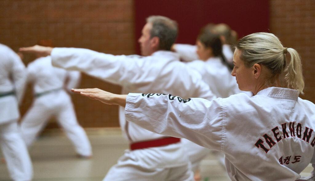 Taekwondon harjoittelua.